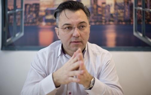 Feliciu Paraschiv, Paco Supermarkets