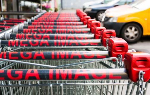 Shopping cart supermarket