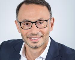 Albert Davidoglu, CEO Macromex