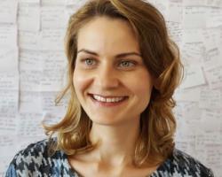 Cristina Berdea, manager vânzări online Farmec