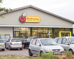 Biedronka intrare piața locală